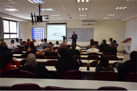 كلية القاسمي للهندسة والعلوم تنظم محاضرة قيمة لطلابها حول مهارة إدارة الوقت
